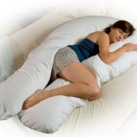 Looking For The Best Pregnancy Pillow?