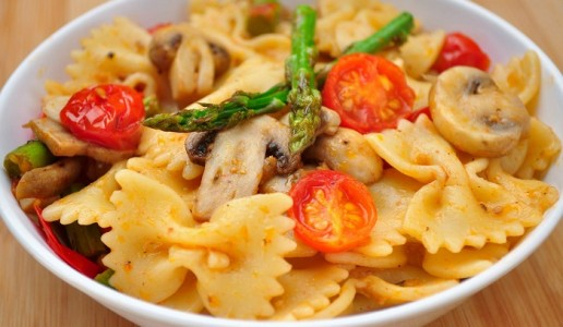 Pasta With Asparagus and Mushrooms Recipe
