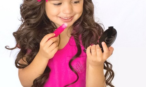Little Cosmetics Pretend Makeup Essential Set Review