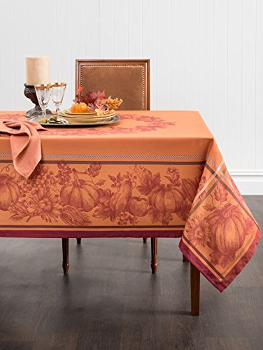 21 Best Stylish Tablecloths for Thanksgiving