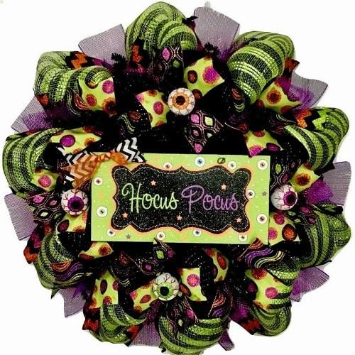 Hocus Pocus Crazy Eyeball 24 inch Mesh Wreath