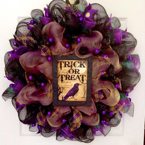 Trick or Treat Raven with Roses Halloween Wreath