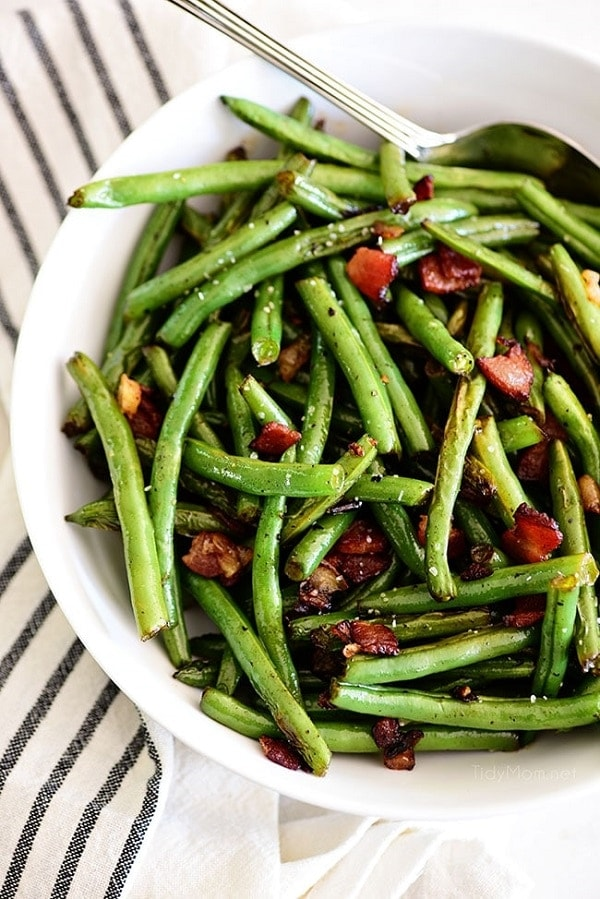 Sauteed Green Beans with Bacon | Green Beans Thanksgiving Side Dish