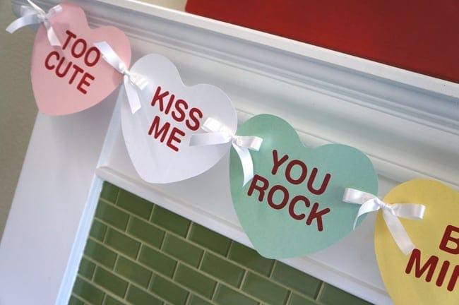 Easy DIY Valentine's Day Banner