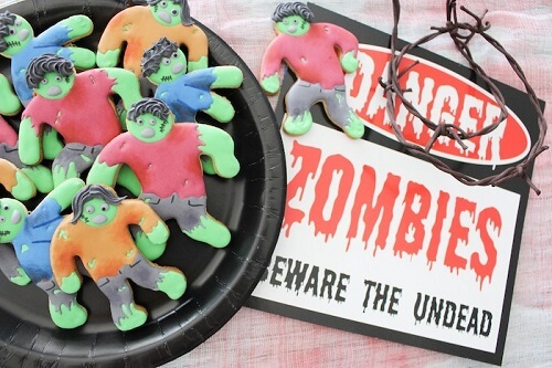 Zombie Halloween Cookies - DIY Halloween Craft Ideas