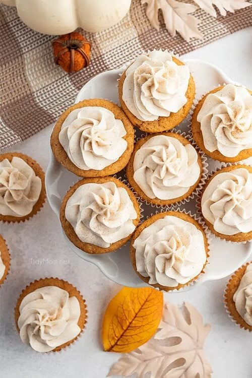 Vanilla Pumpkin Cupcakes with Cinnamon Buttercream