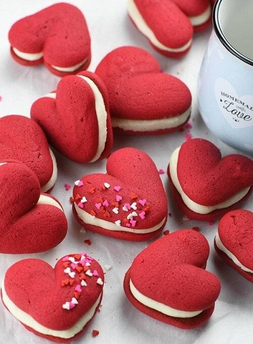 Valentine's Red Velvet Whoopie Pies
